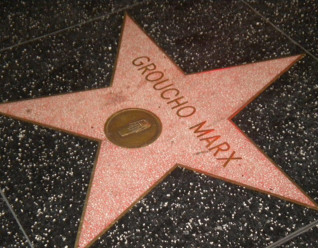 La stella dedicata a Groucho Marx sulla Walk of Fame