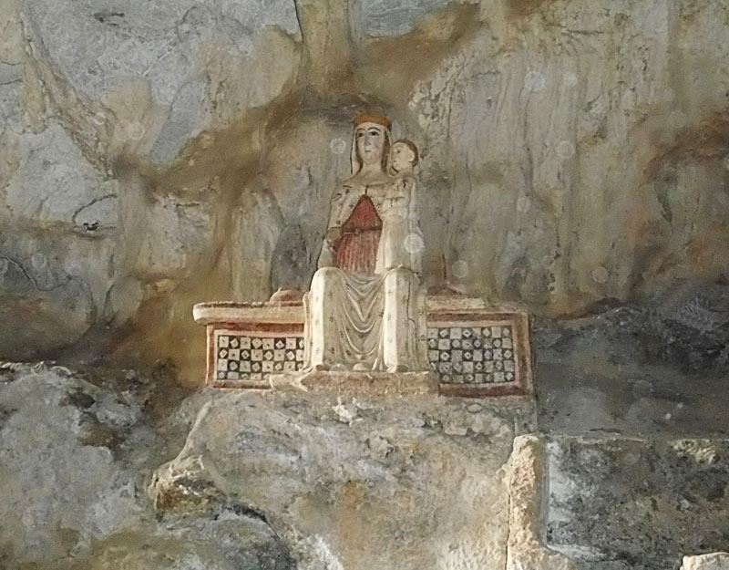La Madonna nella grotta di San Michele