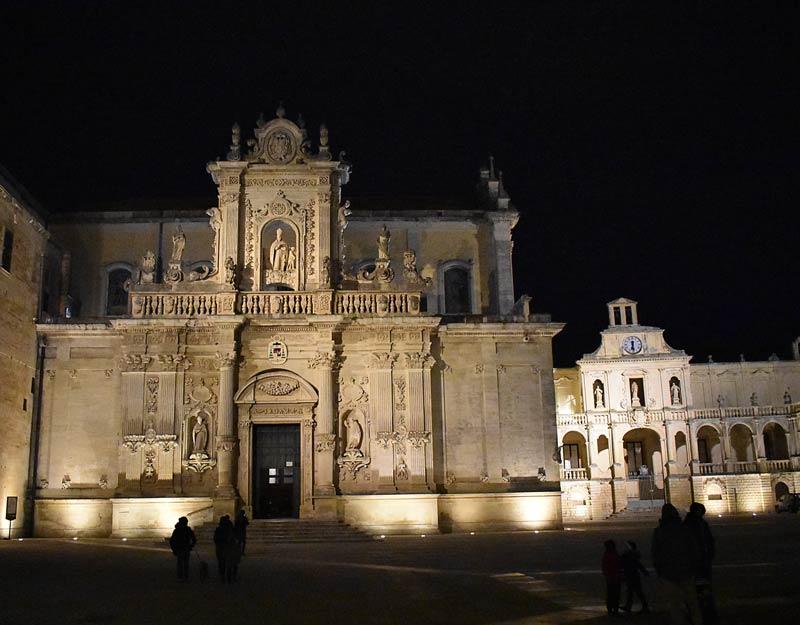 Il Duomo di Lecce di notte