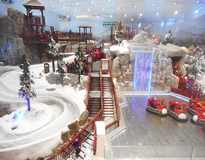 Lo Ski Dubai all'interno del Mall of Emirates