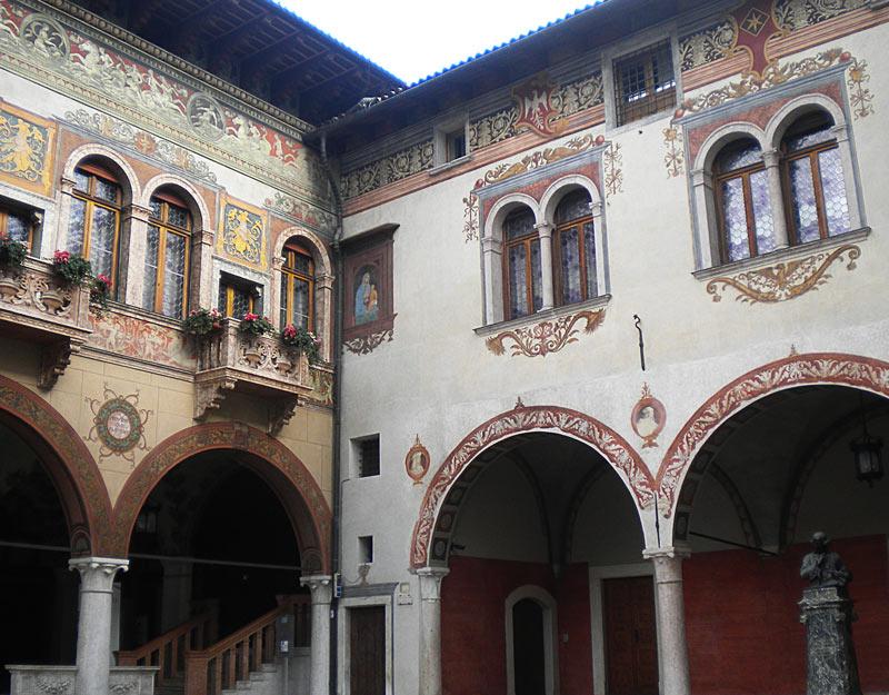 Uno dei palazzi di Rovereto