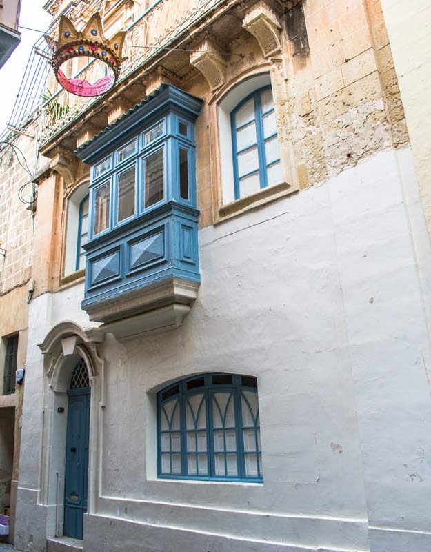Casa maltese con decorazioni