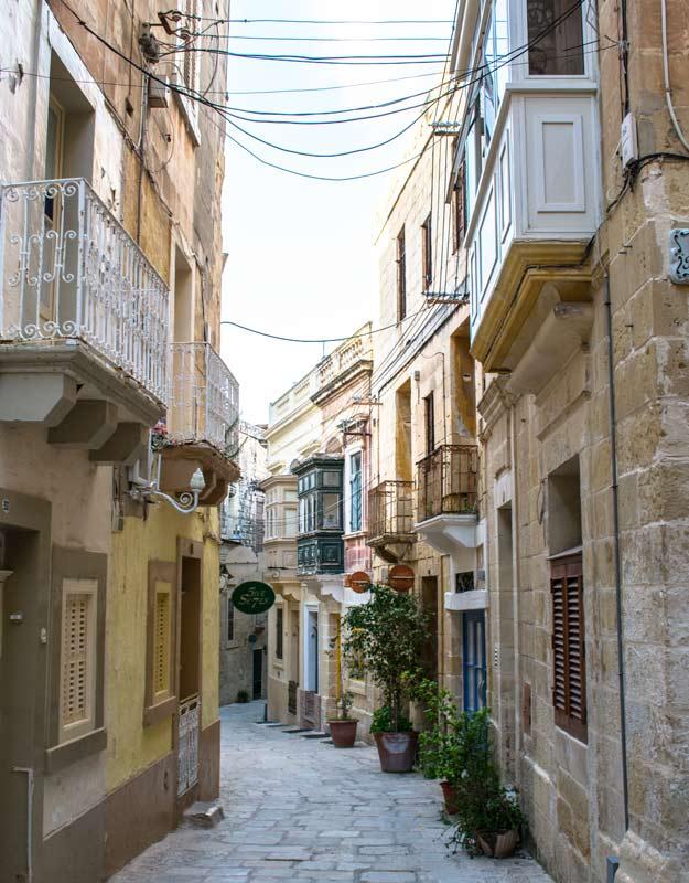 Una via di Vittoriosa a Malta
