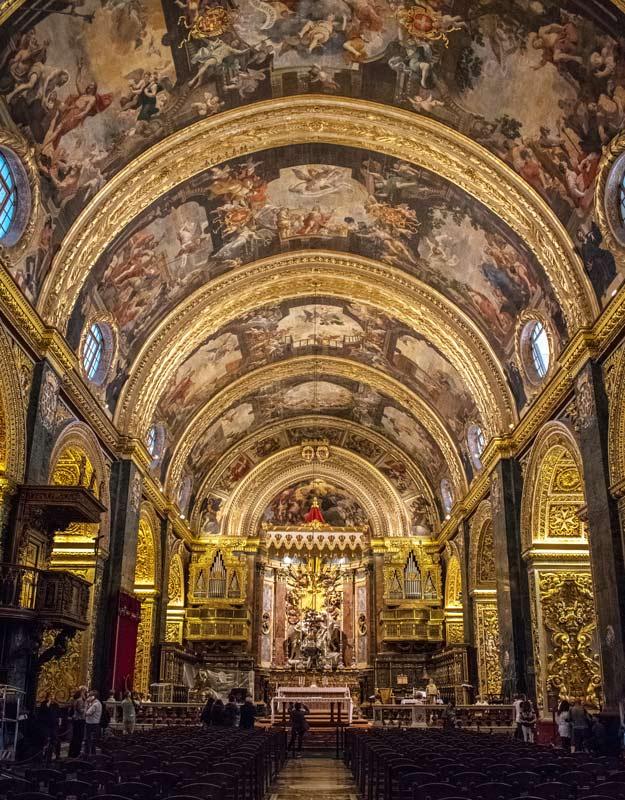 L'interno della Cocattedrale di La Valletta