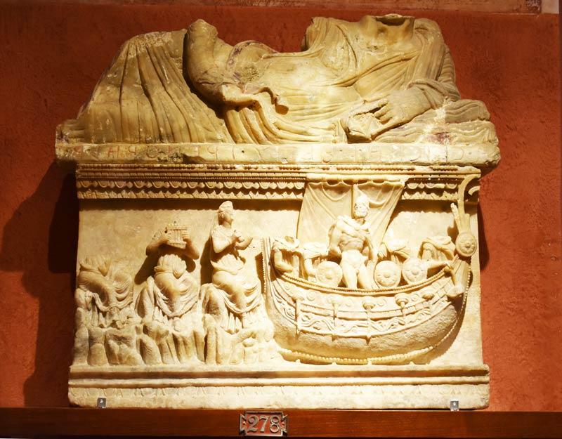 Urna etrusca al museo di Volterra