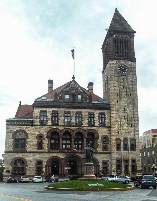 Cosa vedere in un on the road nello stato di New York: Albany City Hall