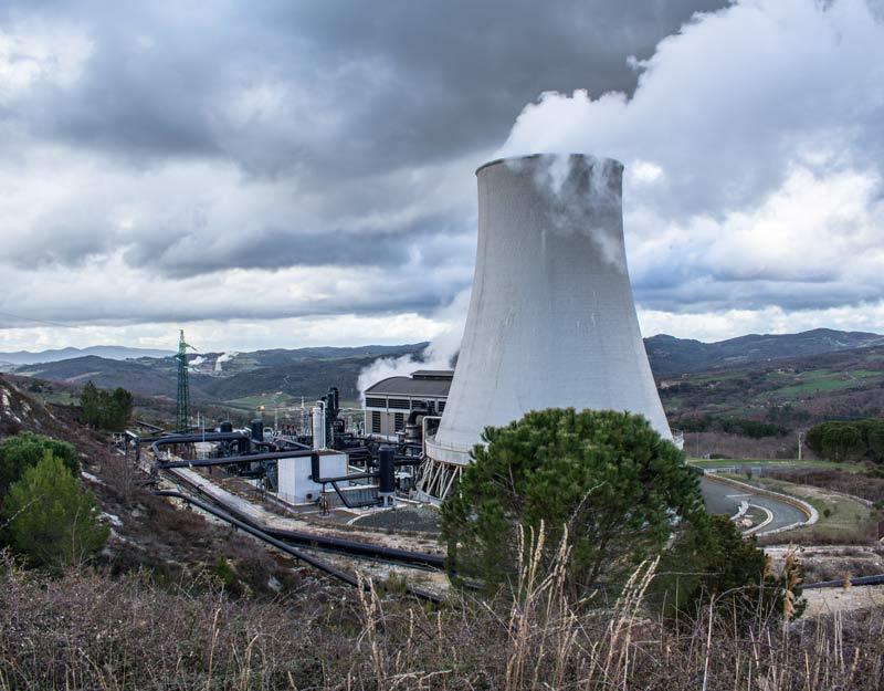 Un centrale che sfrutta la geotermia