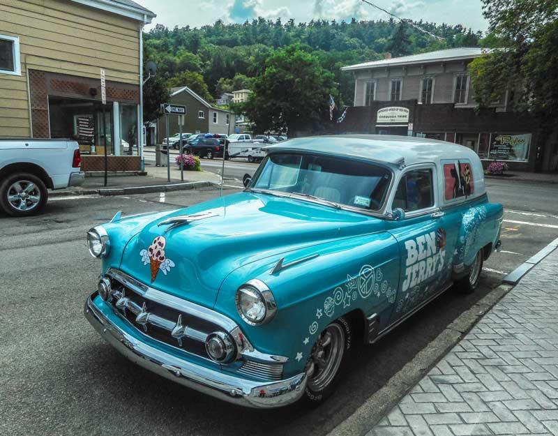 Cosa vedere in un on the road nello stato di New York: macchina Ben&Jerry a Watkins Glen