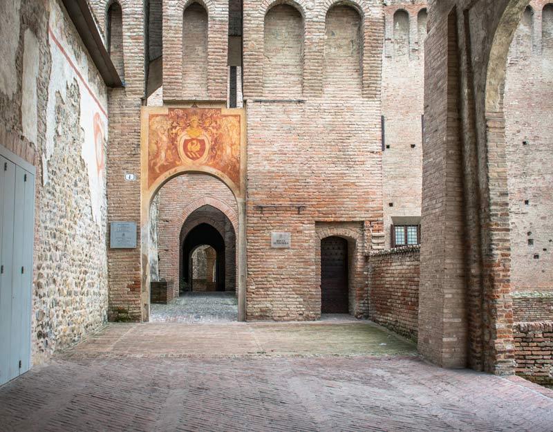 Ingresso alla Rocca di Vignola