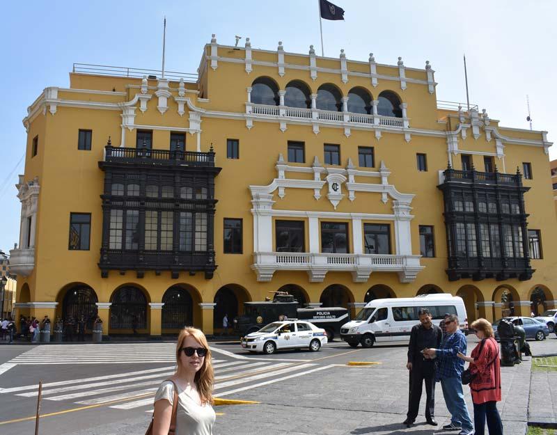 I balconi di Plaza de Armas a Lima