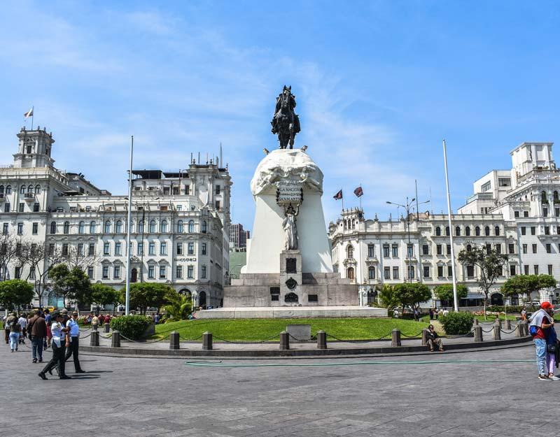 Plaza San Martin a Lima