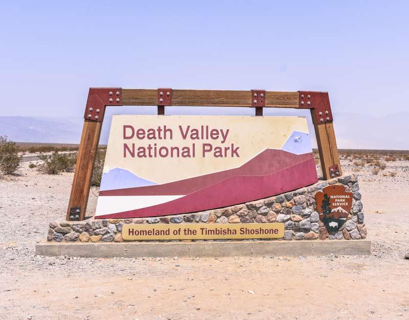 Il cartello d'ingresso alla Death Valley