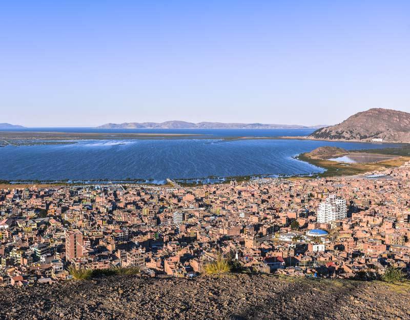 La vista sul lago Titicaca dal Mirador di Puno