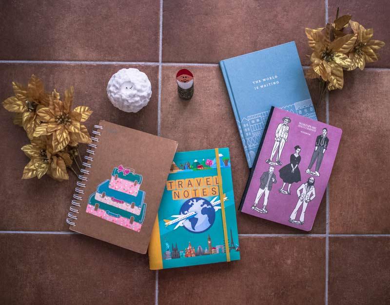 Regali di Natale per viaggiatori: quaderni