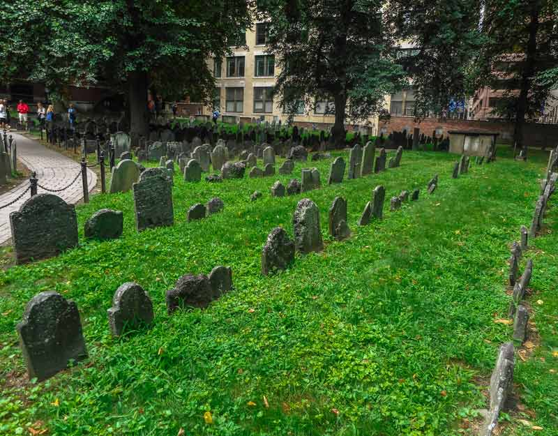 Visitare Boston in un giorno: Granary Burying Ground