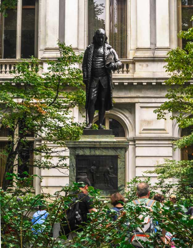 La statua di Benjamin Franklin a Boston