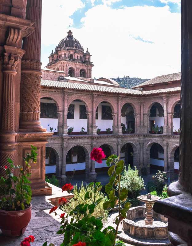 Cosa vedere a Cuzco: chiesa e convento La Merced