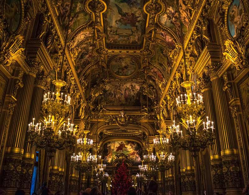 Viaggiare nel tempo a Parigi: l'Opéra Garnier