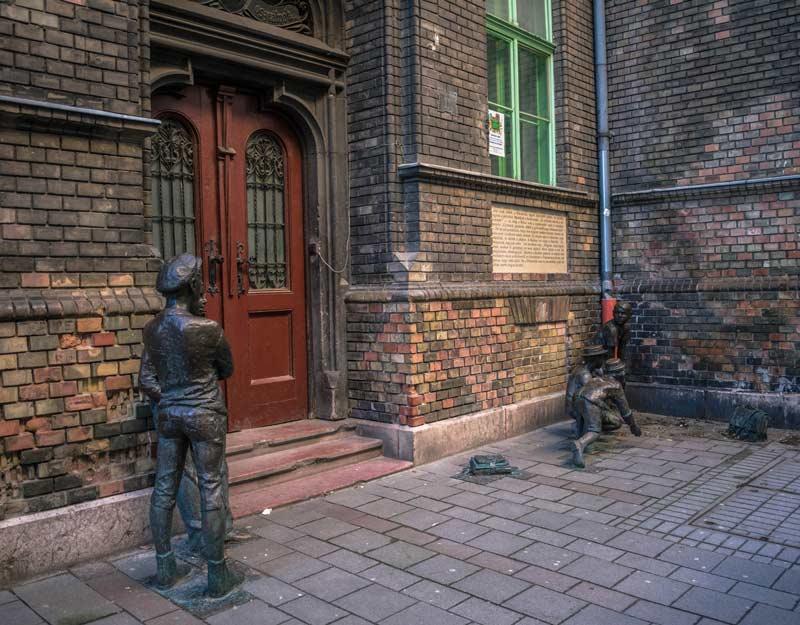 Budapest in 2 giorni: monumento dei ragazzi della via Pal