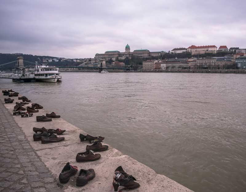 Budapest in 2 giorni: scarpe sul Danubio