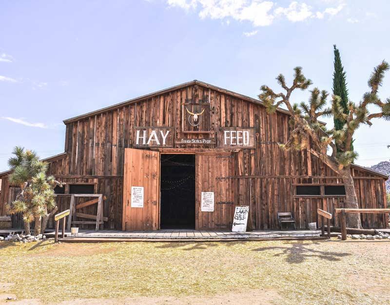 Visitare Pioneertown: il fienile