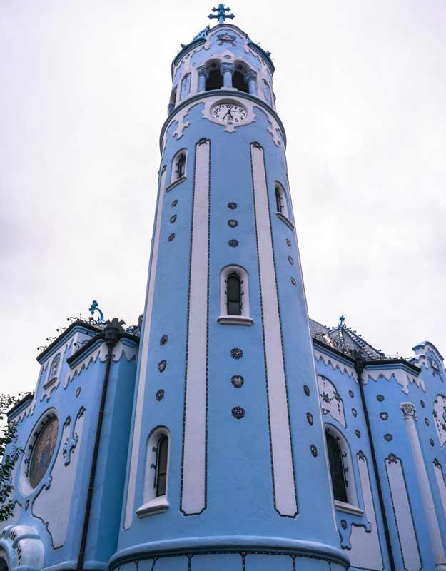 Bratislava in due giorni: Chiesa Blu