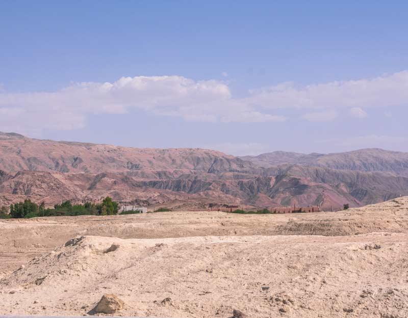 Deserto giordano accanto al Mar Morto