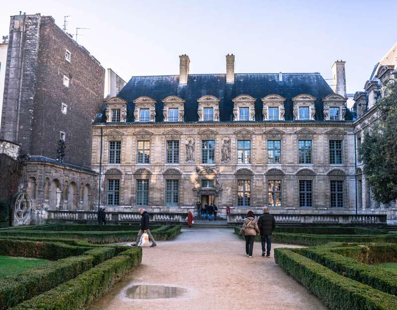 Passeggiare per Parigi